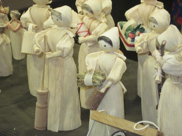 corn-husk-dolls