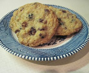 Cranberry Blueberry Chocolate Chip Cookies With Oatmeal